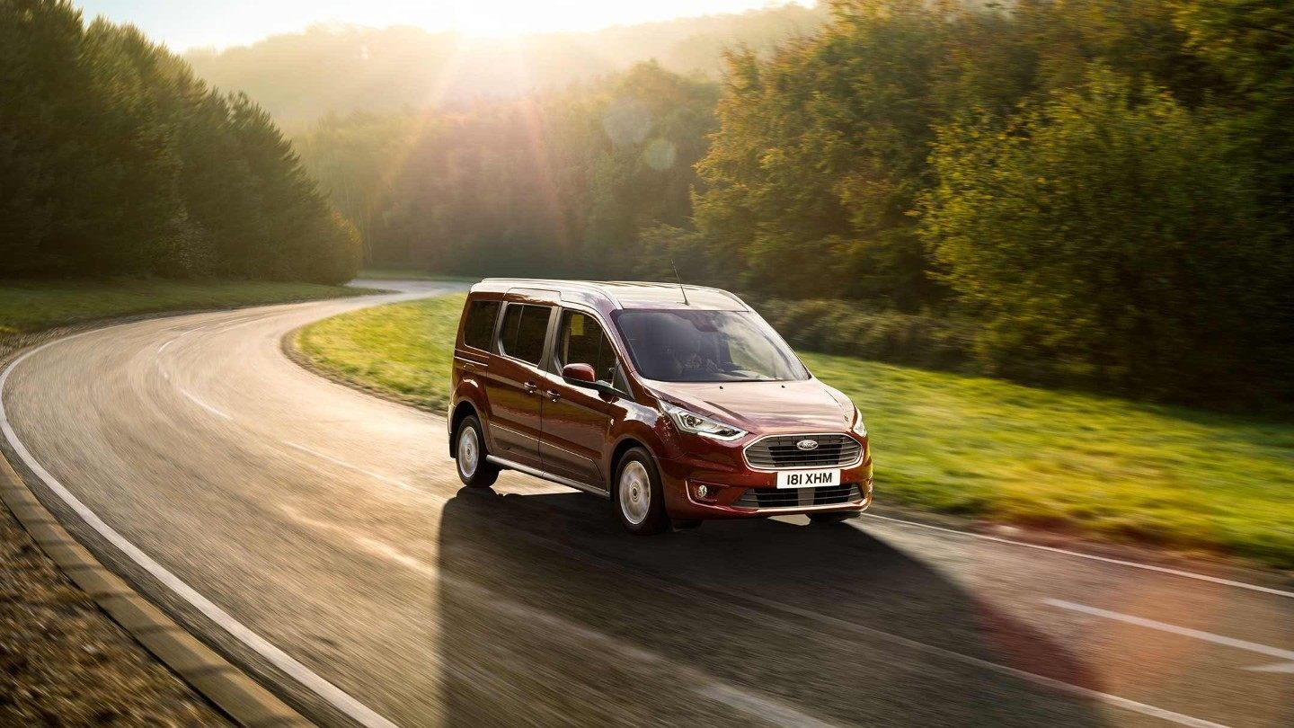 Ford Tourneo Connect 01